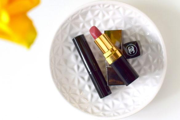 High End Lippenstifte. Hier gibt es meine Top 3 High End Lippenstifte zu sehen mit Chanel Lippenstift, Shiseido Veiled Rouge und Burberry Oxblood Lippenstift.