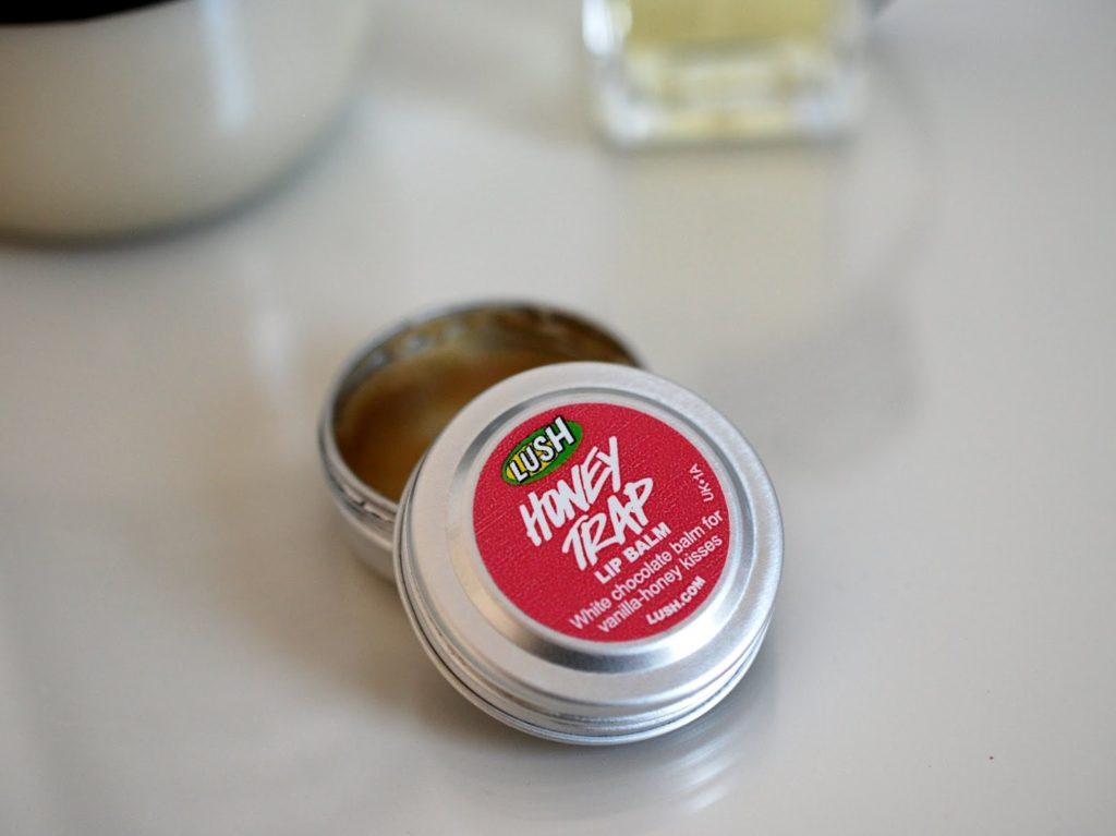 Top 3 Blogparade Lush Honey Trap Lip Balm by I need sunshine Beautyblog