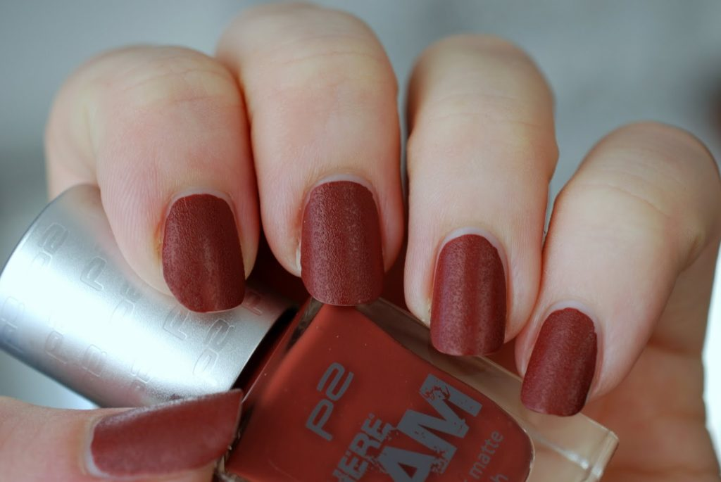 "p2 leather matte polish 010 ""explorative red"" (Here I am LE)"