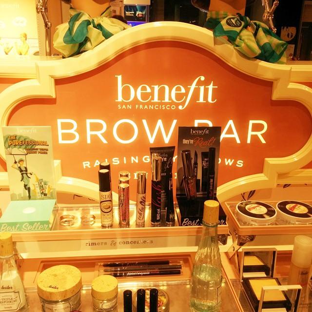 Mein erstes Mal bei der Benefit Brow Bar