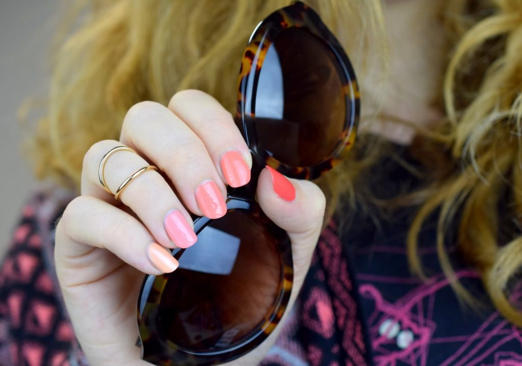 Ombre Summer Nails - Coral & Peach