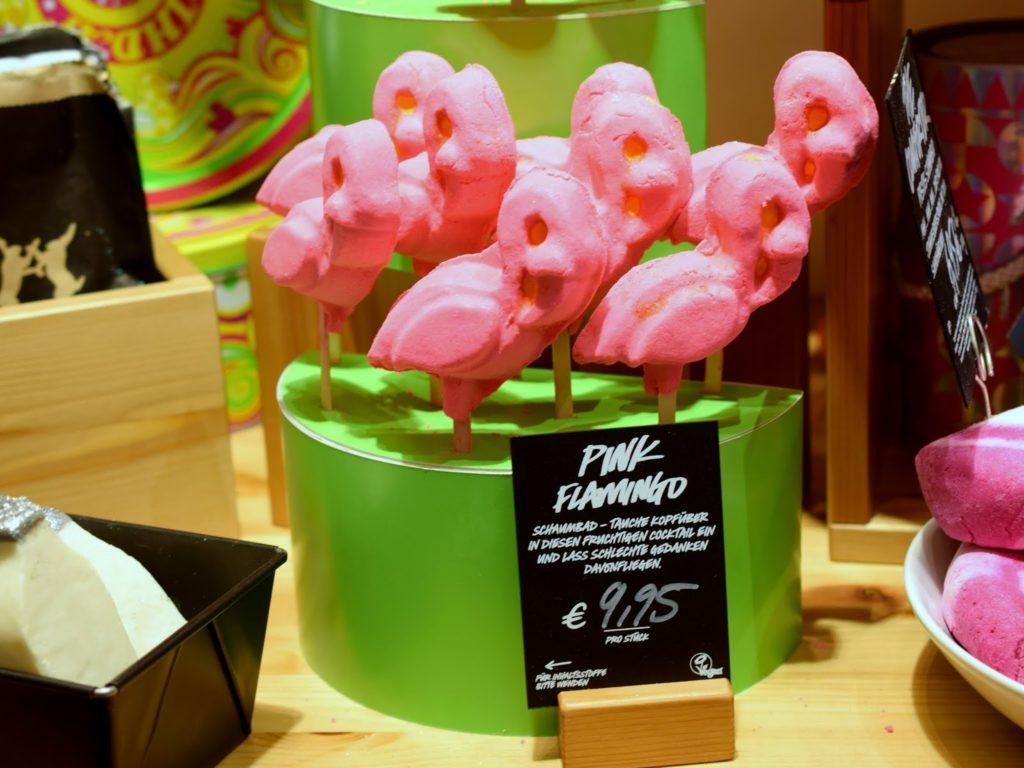 Lush Neuheiten: Pink Flamingo Schaumbad