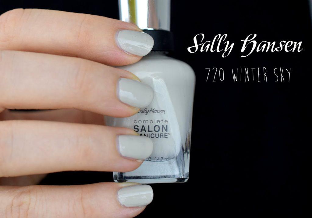 NOTD: Sally Hansen Designer Collection 2015 - 720 Winter Sky