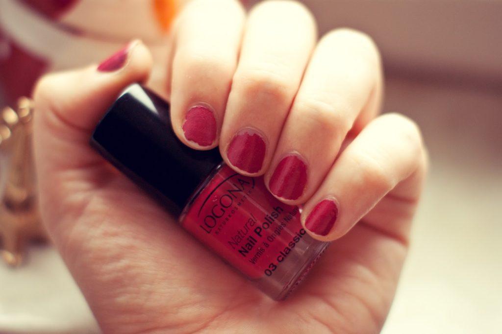 LOGONA Naturkosmetik Natural Nail Polish 03 classic red