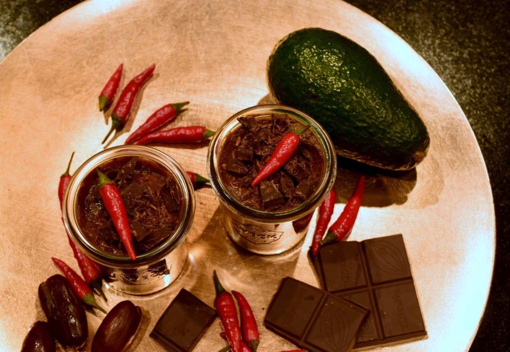 mood food gegen den winterblues rezept healthy chili mousse au chocolat i need sunshine. Black Bedroom Furniture Sets. Home Design Ideas