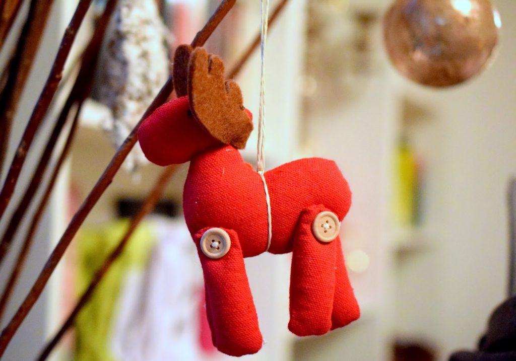 weihnachtsbaumschmuck basteln baby holz würwel baby foto ornament