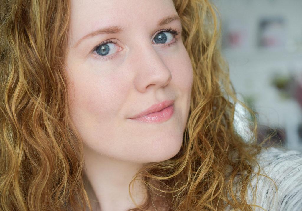 Natürlicher und schneller Tageslook mit Bare Minerals Puder Produkten für Gesicht inklusive Erfahrungsbericht
