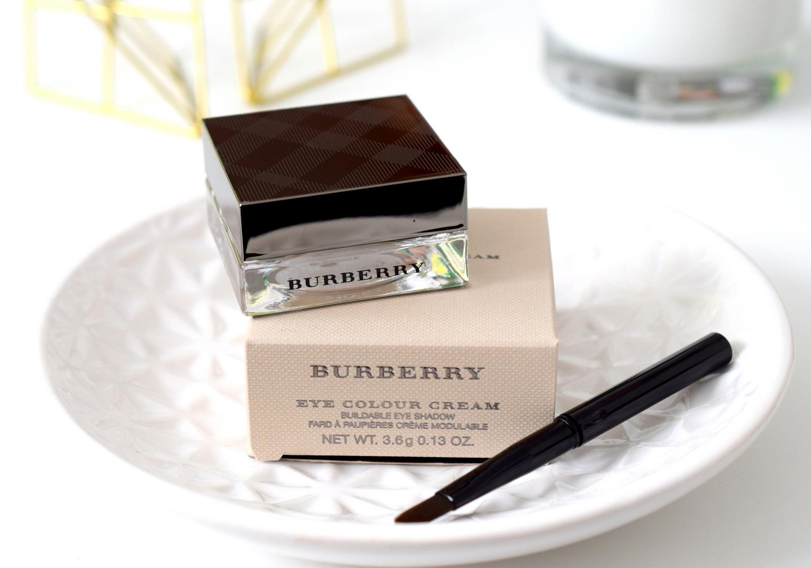 burberry-velvet-lace-review-eye-color-cream