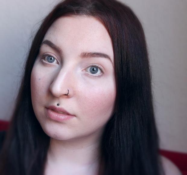 Vegan Beauty Blog: Augenbrauen Routine mit veganen Produkten von Beautybloggerin Erbse