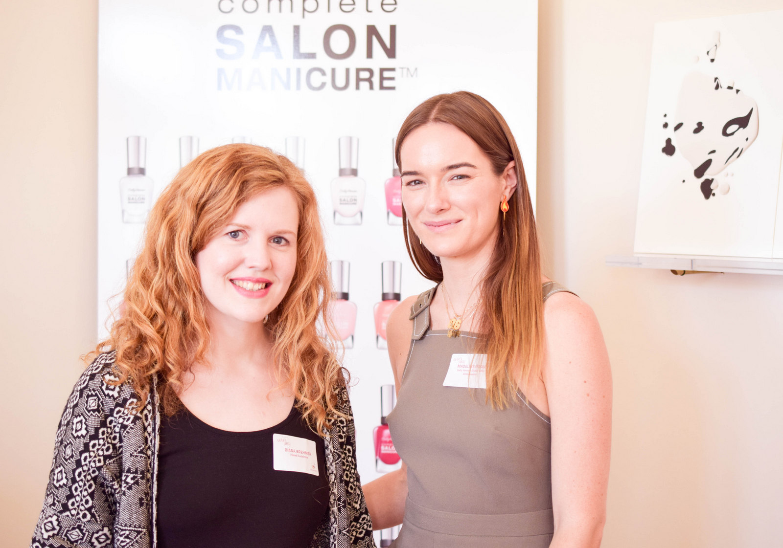 Coty Color Day München 2016 Sally Hansen Global Color Ambassador Madeline Poole mit Beauty Bloggerin I need sunshine