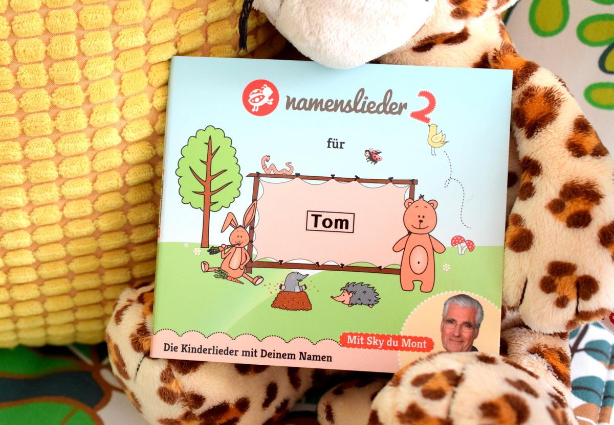 Geschenkideen zur Geburt unter 20 Euro für Kollegen, Chef, Freunde, Bekannte und Namenslieder CD für Babys und Kinder