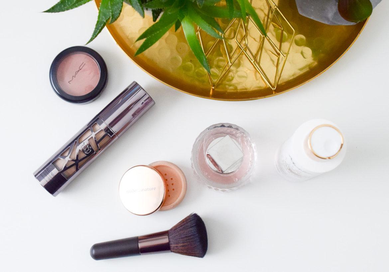Beauty Favoriten im September 2016 mit meinen Kosmetik Lieblingen aus den Bereichen Parfum, Make-up, Pflege, MAC Lippenstift, Urban Decay All Nighter Liquid Foundation auf I need sunshine Beautyblog