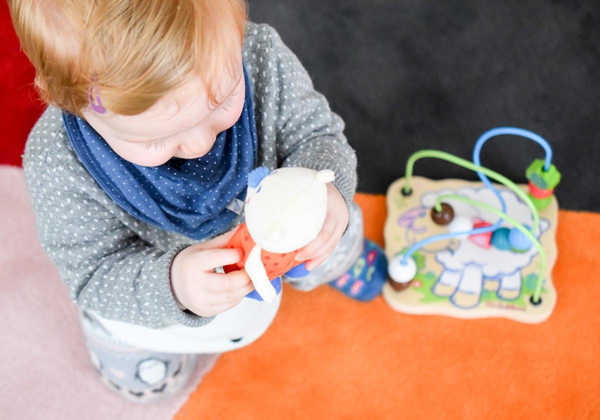 Baby Kleinkdnd sinnvolles Spielzeug ab 1 Jahr pädagogisch sinnvoll Lernen und Entdecken für Förderung Motorische Entwicklung Feinmotorik Auge-Hand-Koordination und Krabbeln Laufen