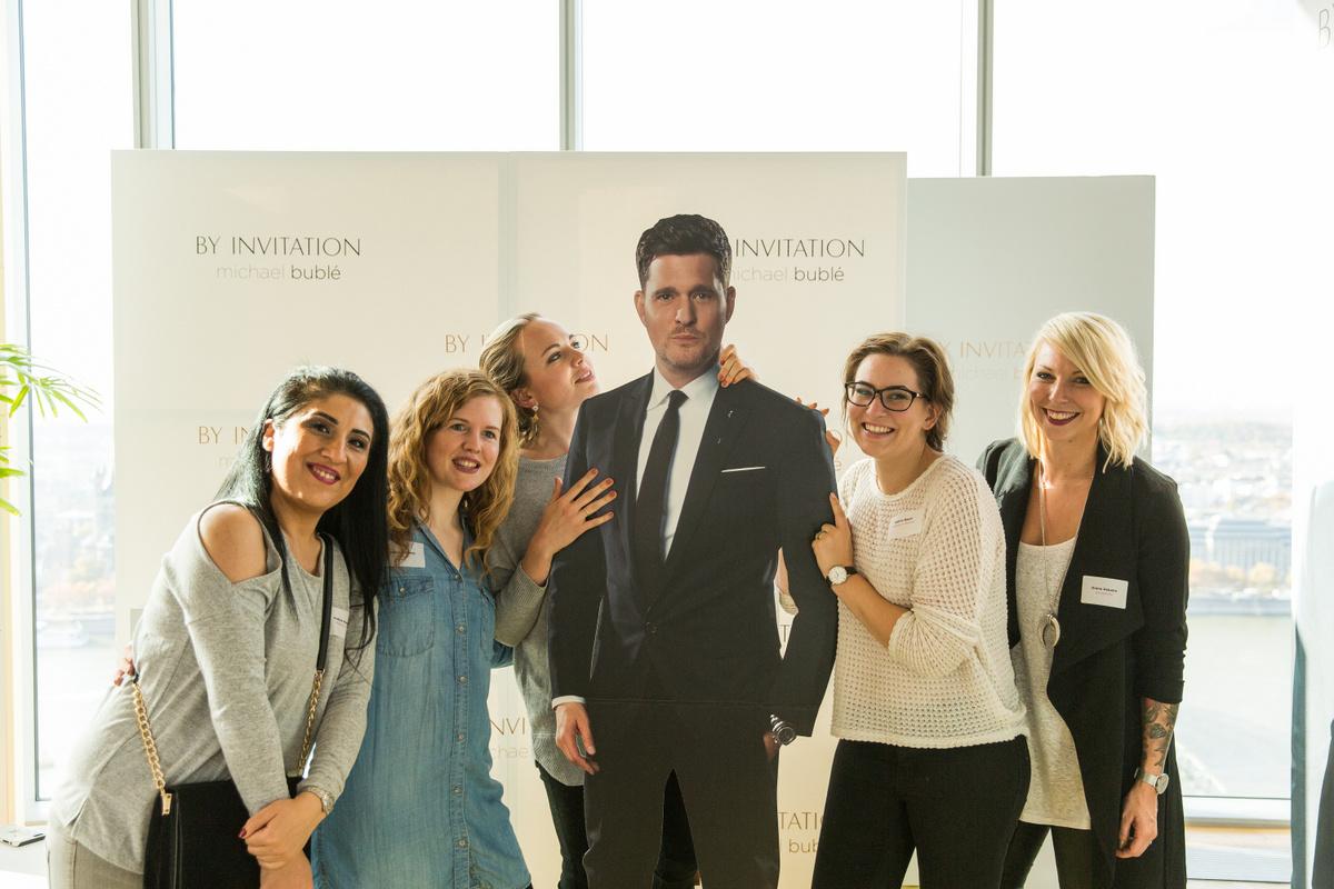 Beautypress Oktober 2016: Meet & Greet mit Michael Bublé in Köln im Köln Sky mit Beautyblogger Madame Keke, Mamablogger Ekulele, Mamablogger Shades of Nature und Fashionblogger Lavie Deboite