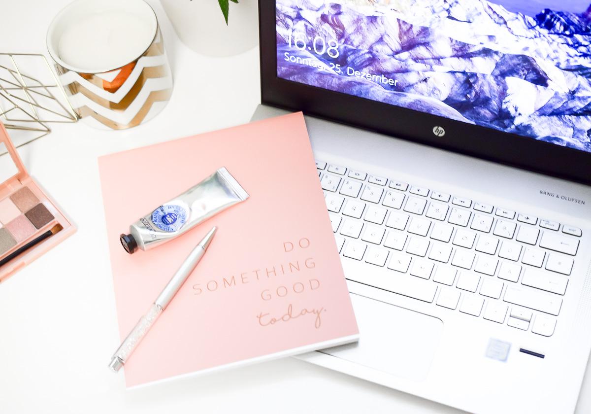 Blogger Tipps Jahresrückblick analysieren um erfolgreich bloggen und mehr leser für den blog bekommen zu können
