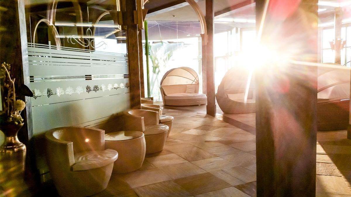 thermen-badewelt-sinsheim-palmen-paradies-sauna-082216