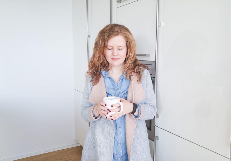 Schrittzähler Armband Uhr Garmin Vivofit Fitness Tracker Erfahrungen Wie viele Schritte am Tag gehe ich im Alltag als Mama mit Kleinkind