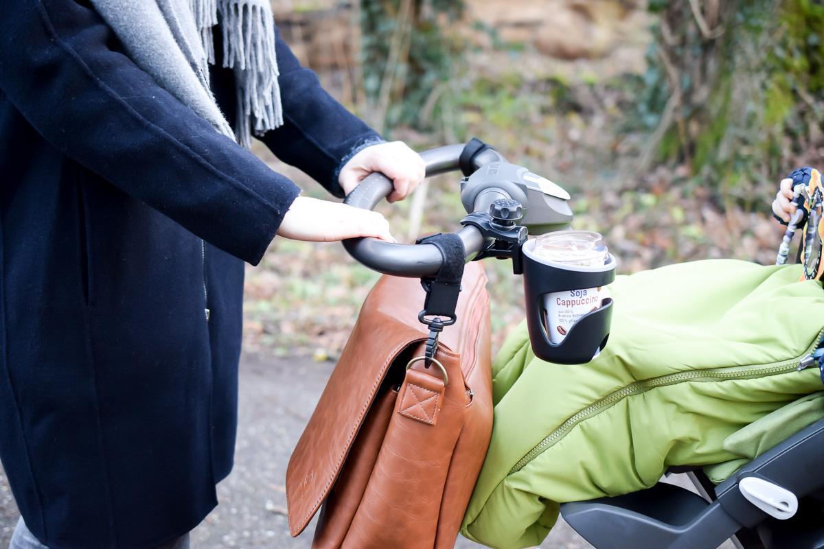 Mamabloggerin I need sunshine berichtet von ihren Erfahrungen mit der Wickeltasche von Jubelist praktisch und schick für Väter und Mütter