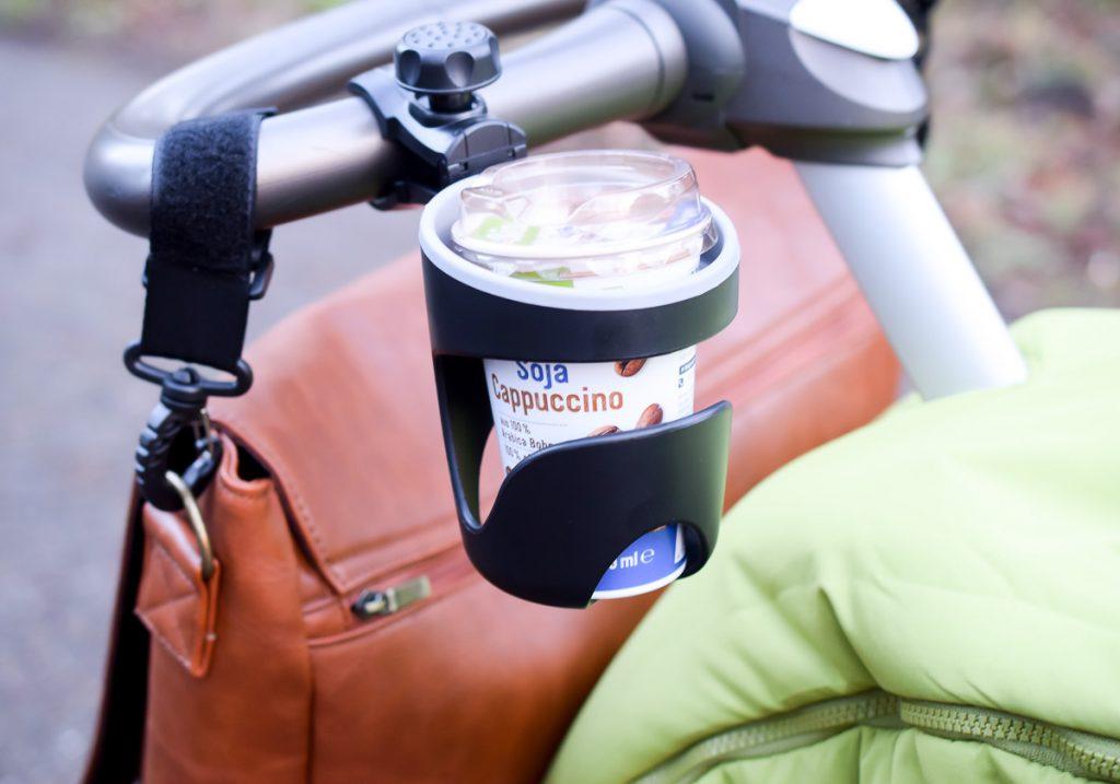 Jubelist Getränkehalter für Buggy und Kinderwagen Erfahrungen Unterwegs mit Kindern und Kleinkind