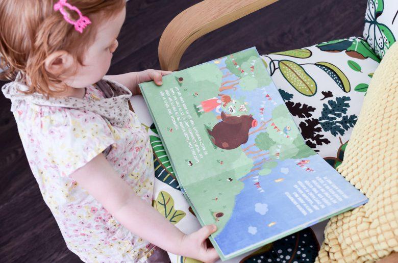 Der Lebensbaum United Letters personalisiertes Kinderbuch mit eigenem Namen Haarfarbe Hautfarbe inspirierende Mut-Mach-Geschichte für Kinder mit Bär und persönliches Kinderbuch mit Namen des Kindes
