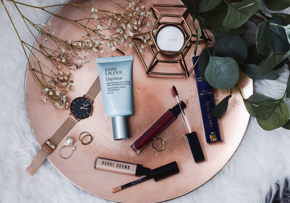 Estée Lauder Pure Color Envy Sculpting Gloss Test im Sonnenseiten Beauty Blogger Wochenrückblick auf I need sunshine