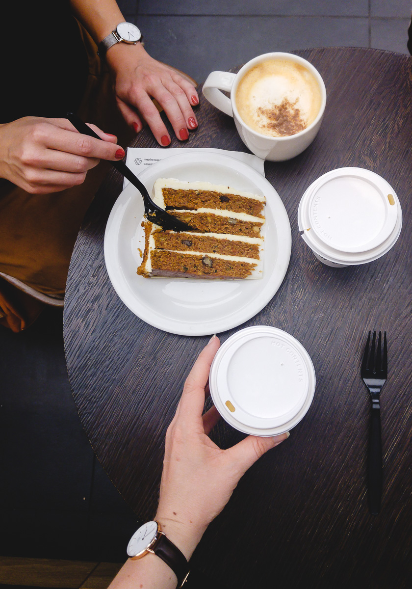Starbucks Pumpkin Spice Latte und Carrot Cake Deutscher Lifestyle Blog und Mama Blog I need sunshine