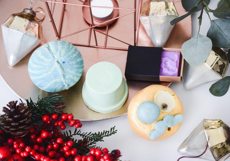 Lush Weihnachtsprodukte 2017 Winterprodukte limitiert Badekugeln Seifen festes Lippenpeeling Bodylotion