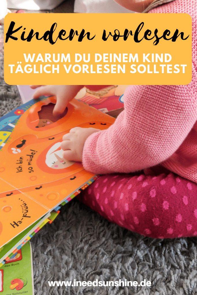 Kindern vorlesen hat viele Vorteile: Es fördert Sprachentwicklung und Kreativität von Kindern und schafft Nähe und Geborgenheit. Tipps für das richtige Vorlesen schon für Babys und Kleinkinder auf Mamablog I need sunshine