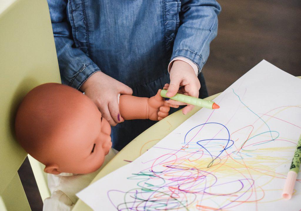 Basteln Kleinkinder Frühling Ostern Muttertag Bastelideen einfach schnell Kinder 2 Jahre 3 Jahre