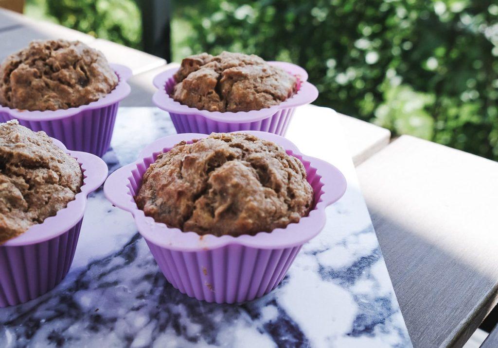 Gesunde Muffins mit Banane und getrocknete Aprikosen wenig Zucker Rezept für Kleinkinder Vollkornmehl Mamablog Ineedsunshine Karlsruhe
