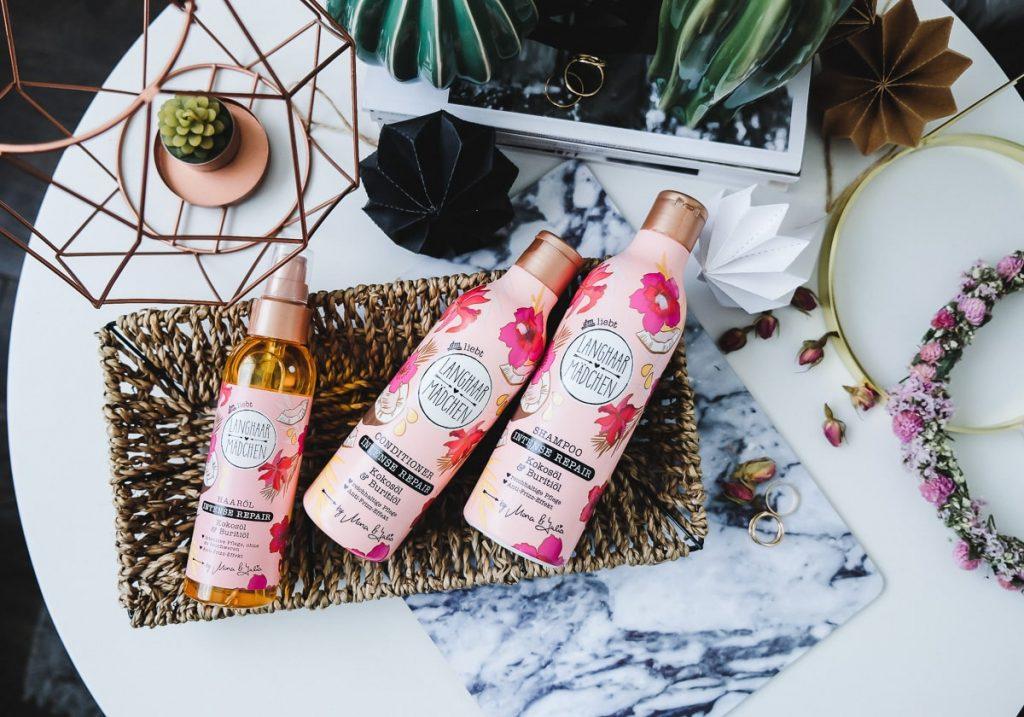 Langhaarmädchen Haarpflege Produkte von dm Erfahrungen für trockene Haare Intense Repair Shampoo Conditioner Haaröl im Test mit Bewertung in der Beauty Review
