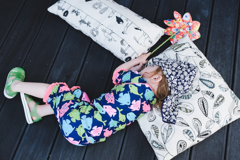 Kindergarten Kita Sommer Ferien Tipps Spiele Ideen Beschäftigung für Kinder in der Ferienzeit für drinnen und draußen gegen Langeweile bei Kindern Kleinkinder geeignet Mamablog I need sunshine
