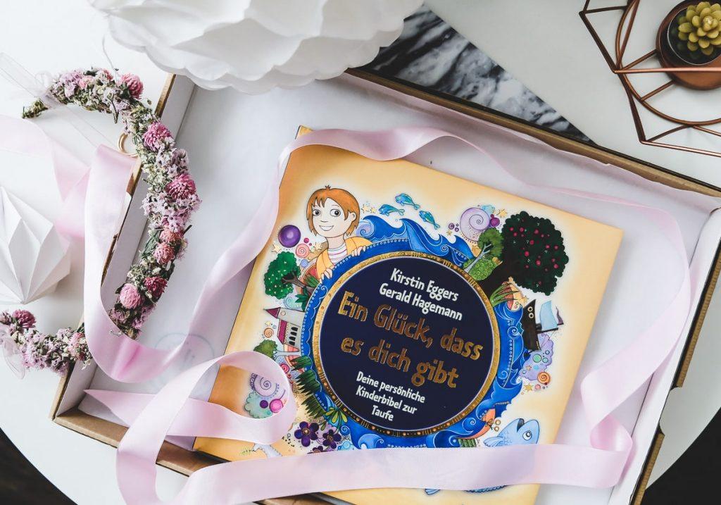 Taufgeschenke Mädchen Jungen Geschenkideen Taufe personalisierte Kinderbibel originell Zeitkapsel basteln selber machen persönlich Patenkinder Taufpate bleibende Geschenke Apfelbaum