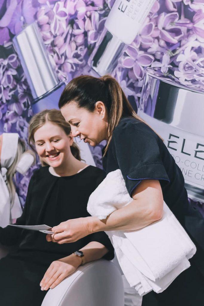 Erfahrungen mit ELEMIS Kosmetik in Deutschland und ELEMIS Gesichtsbehandlung am Stand von QVC auf den BUNTE Beauty Days