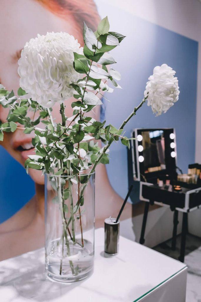 Details vom QVC Stand auf den BUNTE Beauty Days und Erfahrungen zu ELEMIS Kosmetik Produkten in Deutschland