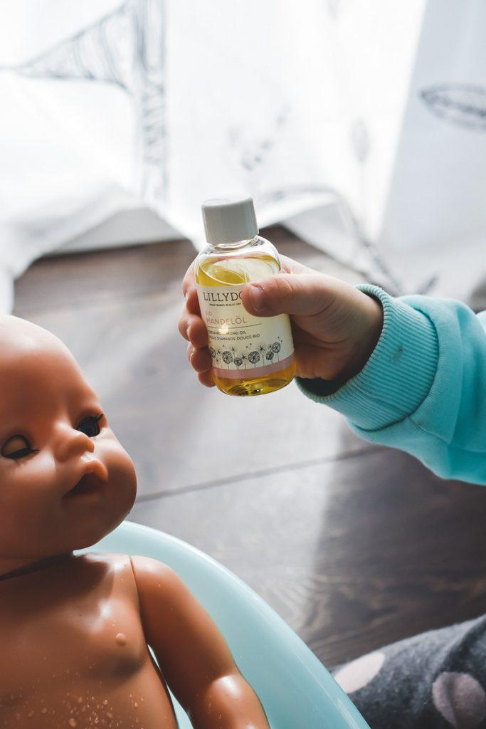 Neue LILLYDOO Hautpflege Zarte Pflegecreme und Bio Mandelöl für Babys und Kleinkinder im Test mit Erfahrungsbericht auf Mamablog Ineedsunshine