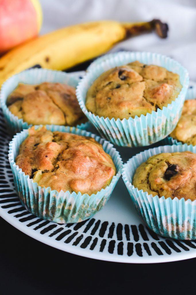 Apfel Bananen Muffins gesundes Rezept für Kinder ohne Zucker mit Obst schnell und einfach backen für Babys und Kleinkinder auf Mamablog Ineedsunshine