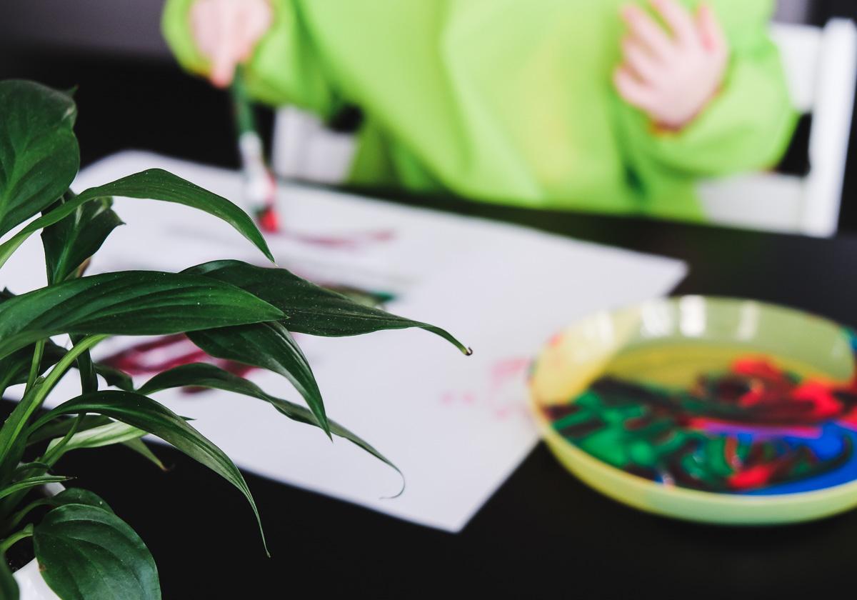 Osterbasteln Kleinkind 3 Ideen Für Einfache Ostereier Aus Papier