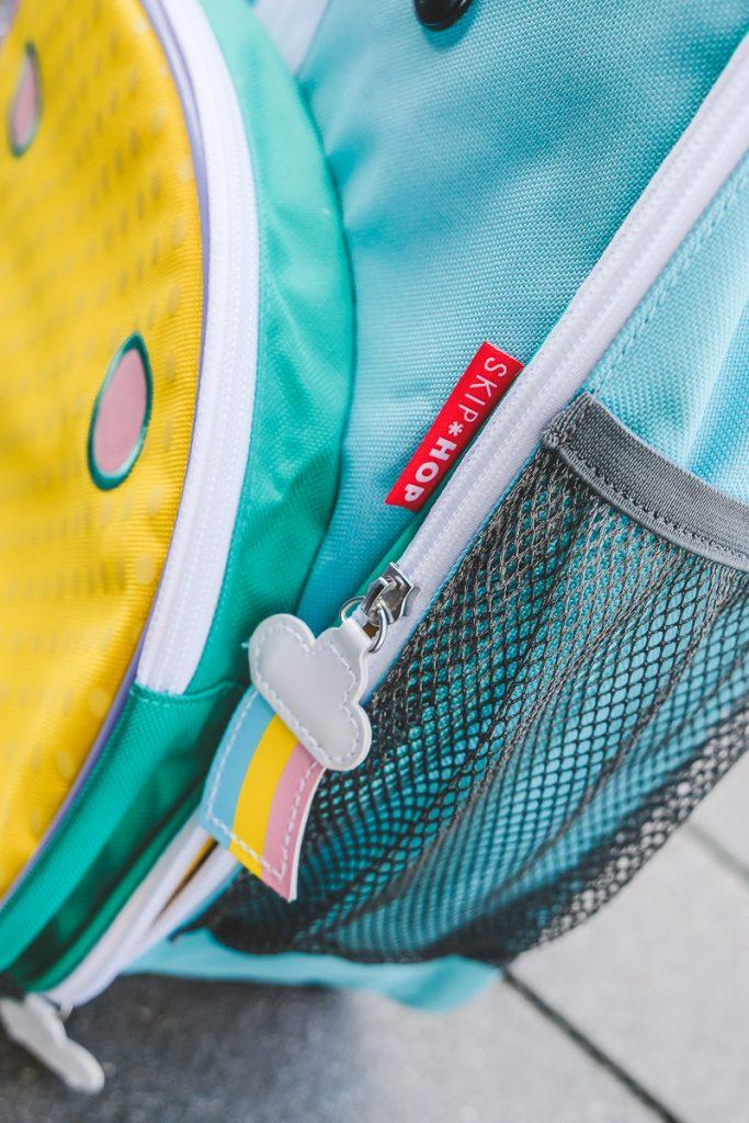 Skip Hop Kinderkoffer packen mit Checkliste für Urlaub mit Kindern im Sommer auf Mamablog Ineedsunshine