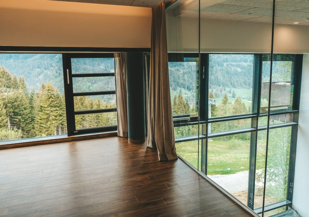 Wellnesshotel Allgäu mit Kindern Yoga im Familienhotel Allgäuer Berghof