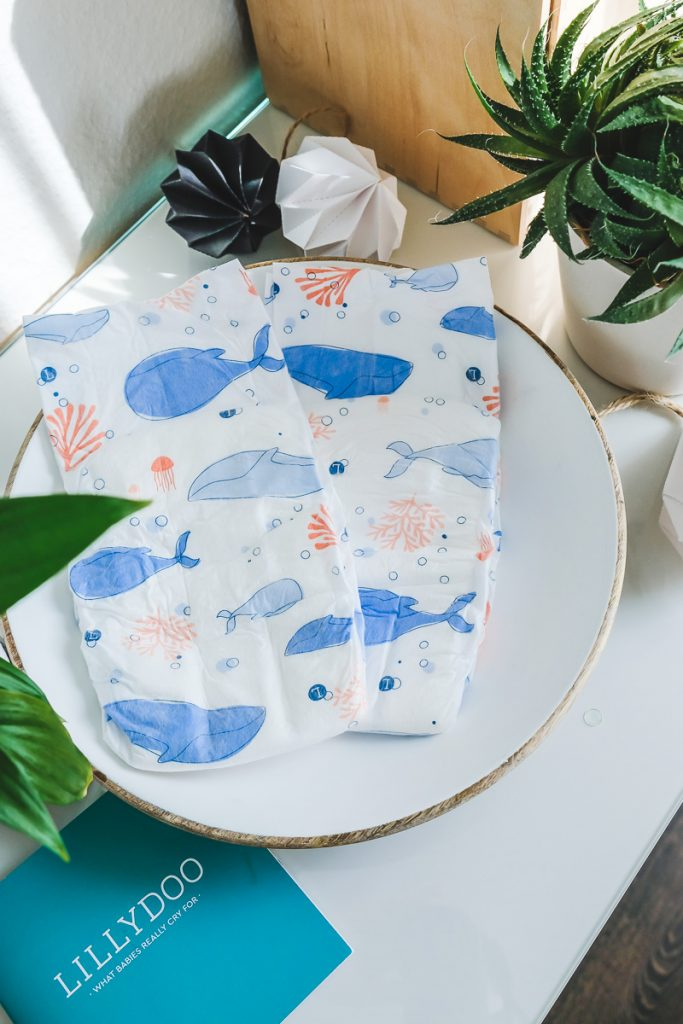LILLYDOO The Elements Collection Windeln Blue Whales Swim Deep