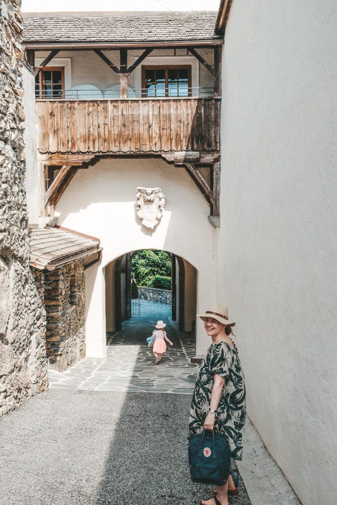 Schloss Mittersill Besichtigung und Hotel Bewertung im Erfahrungsbericht auf Mamablog Ineedsunshine