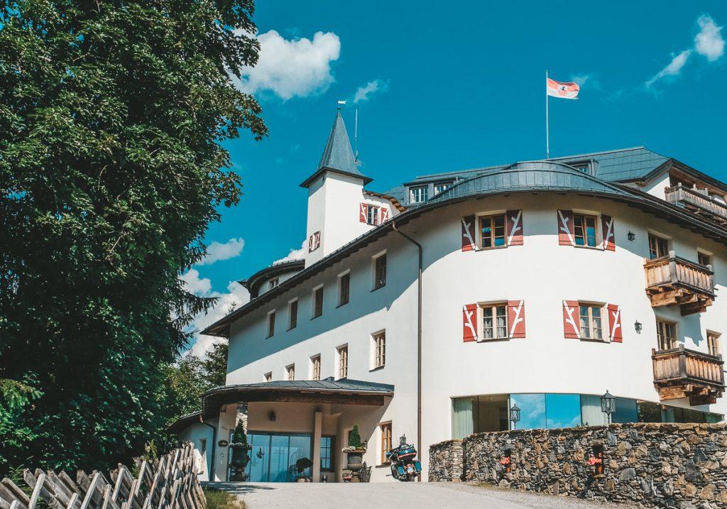 Schloss Mittersill mit Kinder im Familienurlaub in Österreich Hotel Bewertung Ineedsunshine