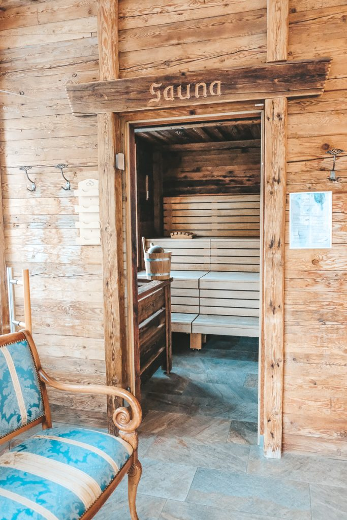 Schloss Mittersill Österreich Wellness Außenpool Sauna Massagen