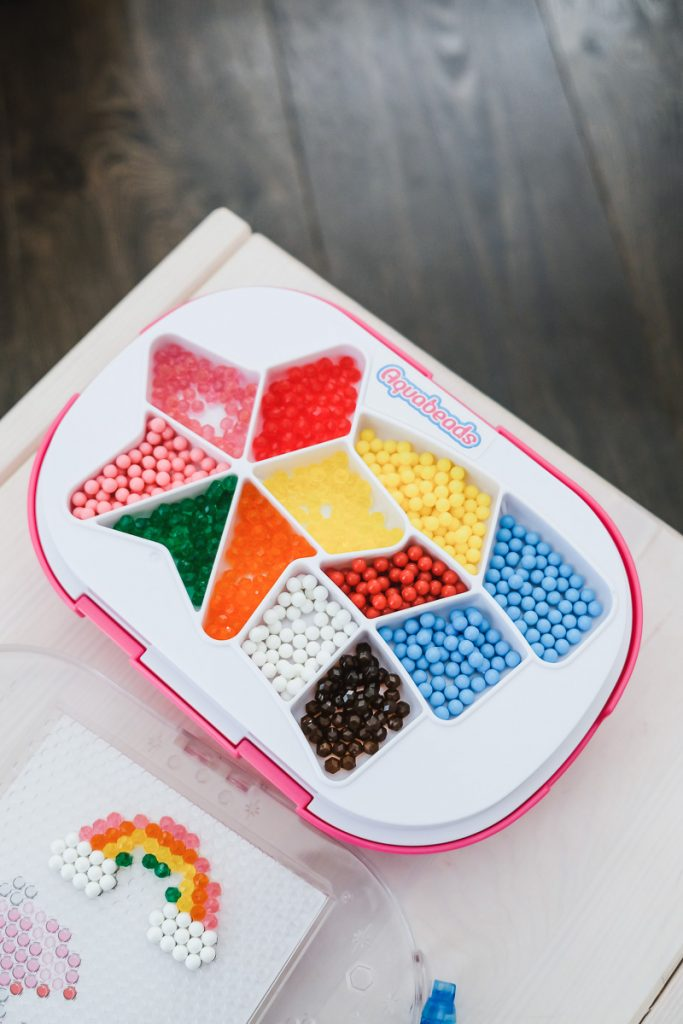 Aqua Beads Wasserperlen Geschenkidee für kreative Kinder auf Mamablog Ineedsunshine