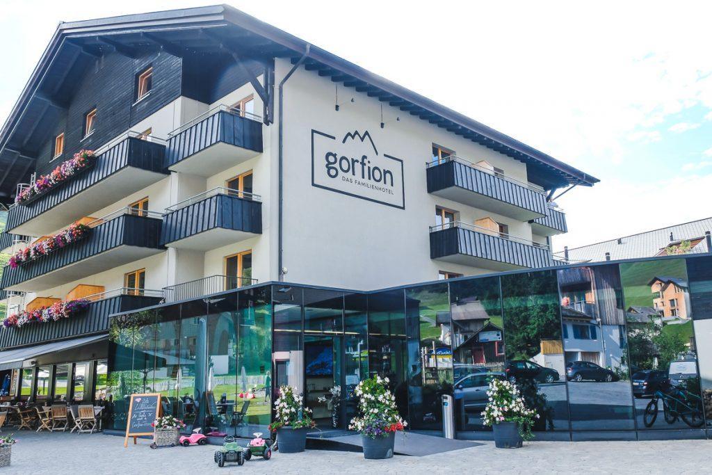 Gorfion Hotel Erfahrungen Familienurlaub Liechtenstein Familienhotel Malbun auf Mamablog Ineedsunshine
