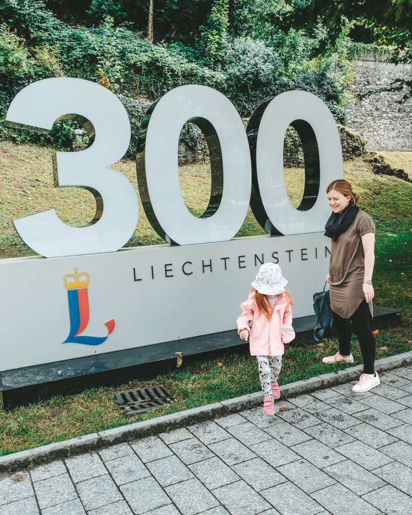 Urlaub in Liechtenstein mit Kindern 300 Jahre Liechtenstein Erfahrungen auf Mamablog Ineedsunshine