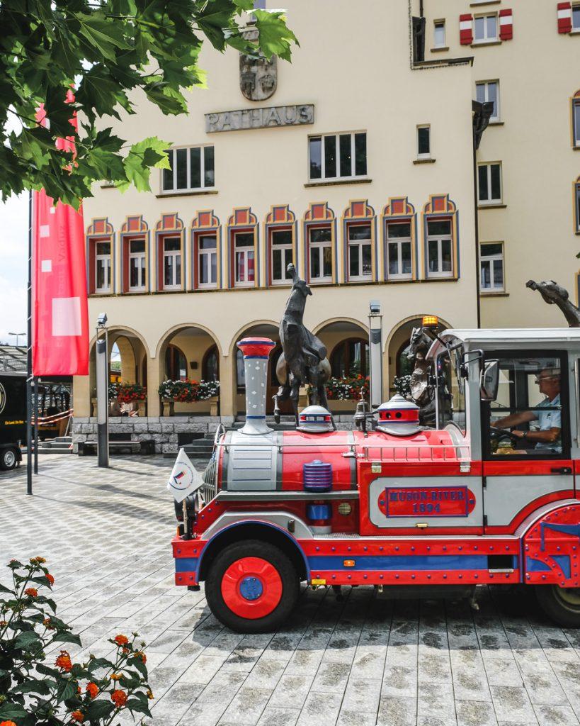 Urlaub in Liechtenstein mit Kindern Ausflug nach Vaduz Erfahrungsbericht auf Mamablog Ineedsunshine