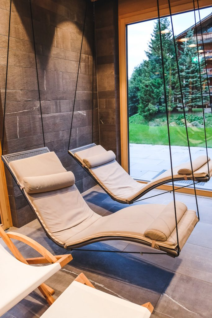 Gorfion Hotel Schwimmbad Erfahrungen Familienurlaub Liechtenstein Familienhotel Malbun auf Mamablog Ineedsunshine