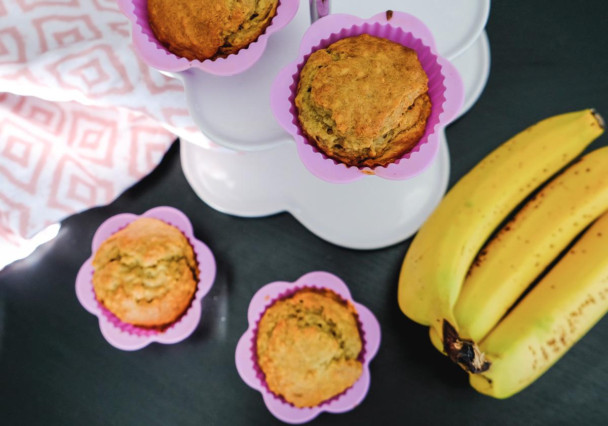Vegane & zuckerfreie Erdnussbutter-Bananen-Muffins für Kinder: Einfaches und schnelles Rezept!
